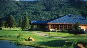 Dine At The Base Of Mt. Shasta At Highland House Restaurant In Northern California