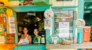 Sit Outside And Enjoy The Scrumptious Seafood Served At Mermaids Cafe In Hawaii