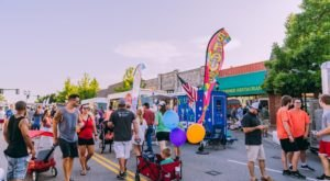 Over 25 Food Trucks Gather In One Place At Heard on Hurd In Oklahoma