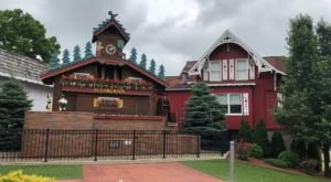 Ohio Is Home To The World's Largest Cuckoo Clock And It's A Unique Sight To See