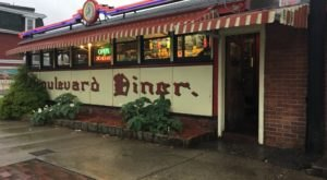Visit Boulevard Diner, The Burger Joint In Massachusetts That's Been Around Since 1936