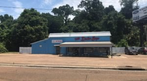 You Can Fill Up On Much More Than Delicious Donuts At The Donut Shop In Mississippi