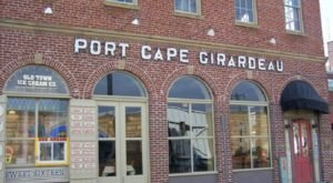 Sip Wine And Mingle With Ghosts At Port Cape Girardeau Restaurant & Lounge, A Haunted Bar In Missouri