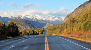 The Road Trip On The Glenn Highway In Alaska Will Take You Through Sheer Autumnal Perfection