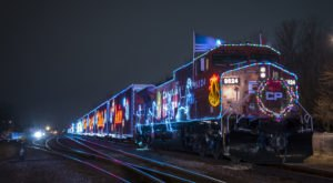 Don't Miss The Holiday Train Decked Out In Thousands Of Twinkling Lights That's Coming To Wisconsin