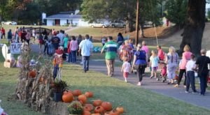 Stroll Through Countless Decorated Pumpkins At Pumpkin Shine In Louisiana