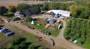 Pick From 45 Acres Of Apple Trees And Navigate A 5 Acre Corn Maze At Deal's Orchard In Iowa