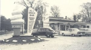 Visit Al's French Frys, The Small Town Burger Joint In Vermont That's Been Around Since The 1940's