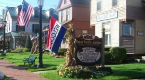 There Are All Sorts Of Yummy Restaurants On This Victorian Street In Greater Cleveland