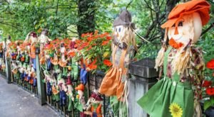 Get In The Fall Spirit By Seeing Over 4,000 Scarecrows On Display In Gatlinburg, Tennessee This Season