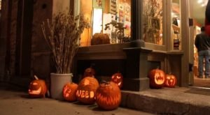 The Cedarburg Pumpkin Walk In Wisconsin Is A Classic Fall Tradition