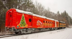 Fill Up On Pizza And Holiday Cheer With A Ride On The Santa Pizza Train In Wisconsin