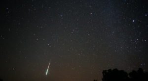 The Texas Sky Will Light Up With Shooting Stars And A Nearly Full Moon This Week During The Taurid Meteor Shower