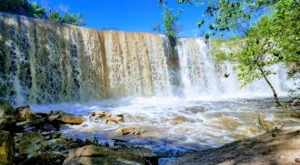The Cowley State Fishing Lake Waterfall In Kansas Will Soon Be Surrounded By Beautiful Fall Colors