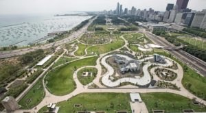 Give The Windy City A Second Chance With These 7 Attractions In Chicago