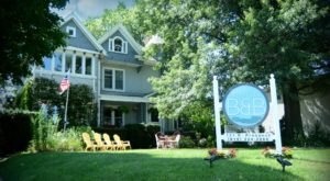 Sleep In A Vintage Dreamland At River House Bed & Breakfast, A Queen Anne House From 1890 In Illinois