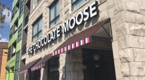 Try All The Fall-Flavored Ice Creams At The Chocolate Moose, A Cafe Since 1933 In Indiana