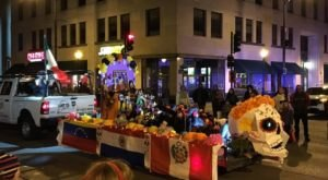 Illinois' Annual Halloween Parade Will Light Up The Streets Of Downtown Springfield