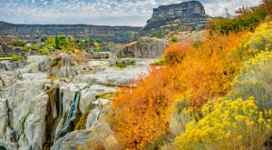 The Snake River Canyon Is The Most Peaceful Place To Experience Fall Foliage In Idaho