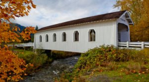 Here Are 11 Of The Most Beautiful Oregon Covered Bridges To Explore This Fall