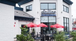 You'll Find Fresh And Delicious Seafood Without Leaving The State At Saltine In Nashville
