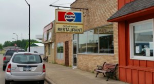 Small-Town Cafes Don't Get Much Better Than Cedarwood Family Restaurant In Minnesota