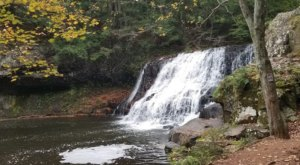 Wadsworth Falls Trail Is A Beginner-Friendly Waterfall Trail In Connecticut That's Great For A Family Hike