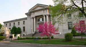 Visit Louisville Free Public Library, The Biggest Public Library In Kentucky For A Day Of Pure Fun