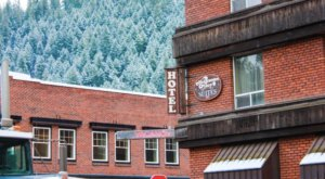 Stay Overnight In The 100 Year-Old Helgeson Hotel, An Allegedly Haunted Spot In Idaho