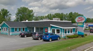 Get Classic Diner Food With A Twist At Misty Moonlight Diner In Massachusetts