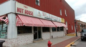 Michigan's Oldest Candy Shop, St. Laurent Brothers, Has Been Around Since 1904 And It's Not Hard To See Why