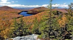 Hike Through Kettle Pond In Vermont For Some Seriously Scenic Views This Fall