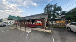 Barnstormer Barbeque Is A Delicious Roadside Restaurant In New York You'll Wish You'd Known About Sooner