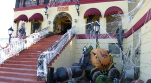 The Spooky Arizona Restaurant Where It's Halloween All Year Long