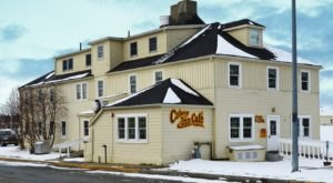 Sleep In A Piece Of Alaskan History When You Stay At The Cozy Colony Inn In Palmer