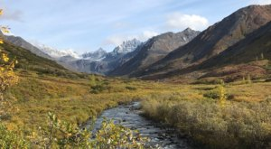 Watch The Mountains Turn Red In Alaska On The Gold Mint Trail In Hatcher Pass