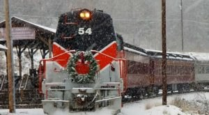 Climb Aboard The Santa Express In Pennsylvania For A Magical Christmas Adventure
