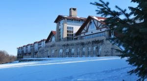 Lied Lodge Just Might Be The Most Beautiful Christmas Hotel In Nebraska