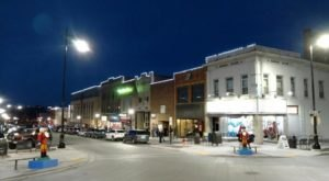 At Christmastime, Minot, North Dakota Has The Most Enchanting Main Street In The Country