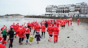 Hundreds Of Santas Descend Upon Kennebunk Every Year During The Shipyard Seaside Santa Dash In Maine