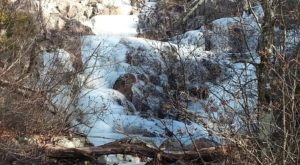 Hike To See The Frozen Beauty Of Mina Sauk Falls, Missouri's Largest Waterfall