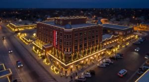 Artesian Hotel Just Might Be The Most Beautiful Christmas Hotel In Oklahoma