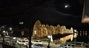 Visit McAdenville, The One Christmas Town In North Carolina That's Simply A Must Visit This Season