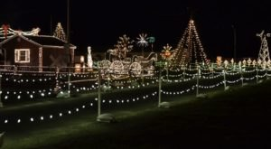 4 Drive-Thru Christmas Lights Displays Near Pittsburgh The Whole Family Can Enjoy