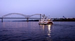 Get The True Tennessee Experience On Board A Dinner And Show Cruise With Memphis Riverboats