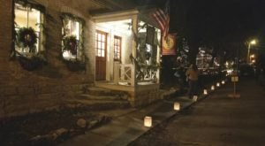 The Holiday Candlelight Walk In Augusta, Missouri Is Pure Christmas Magic