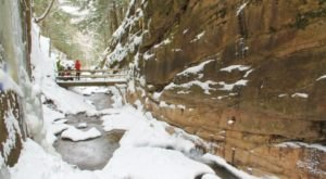 Franconia Notch State Park In New Hampshire Completely Transforms Every Winter, Its Frozen Beauty Is Unforgettable
