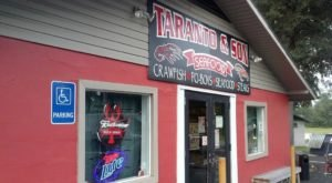Eat Some Of The Tastiest Po' Boys And Seafood In An Unassuming Seafood Shack At Taranto's Crawfish In Mississippi