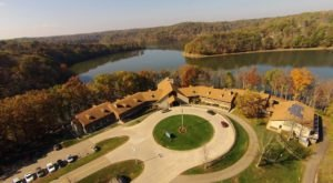 Instead Of Cooking, Enjoy Your Thanksgiving Feast At These 10 Lovely Restaurants In Ohio State Parks