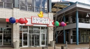 The Outrageous Concoctions At The Sugar Factory In Illinois Make Any Occasion Special